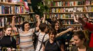 Ćwiczyli Jogę w… księgarni
